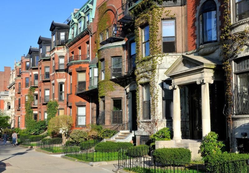 boston-townhomes_plastic-moving-bins.jpg