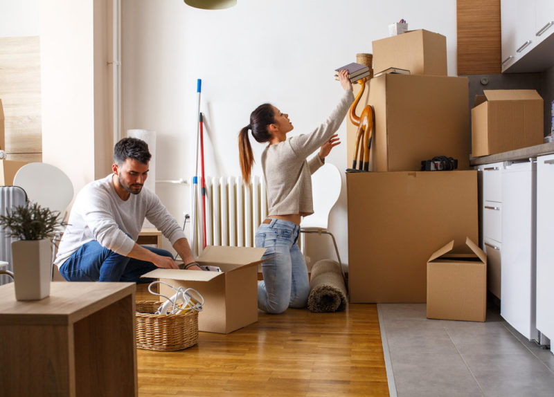couple-packing-moving-cost-calculator